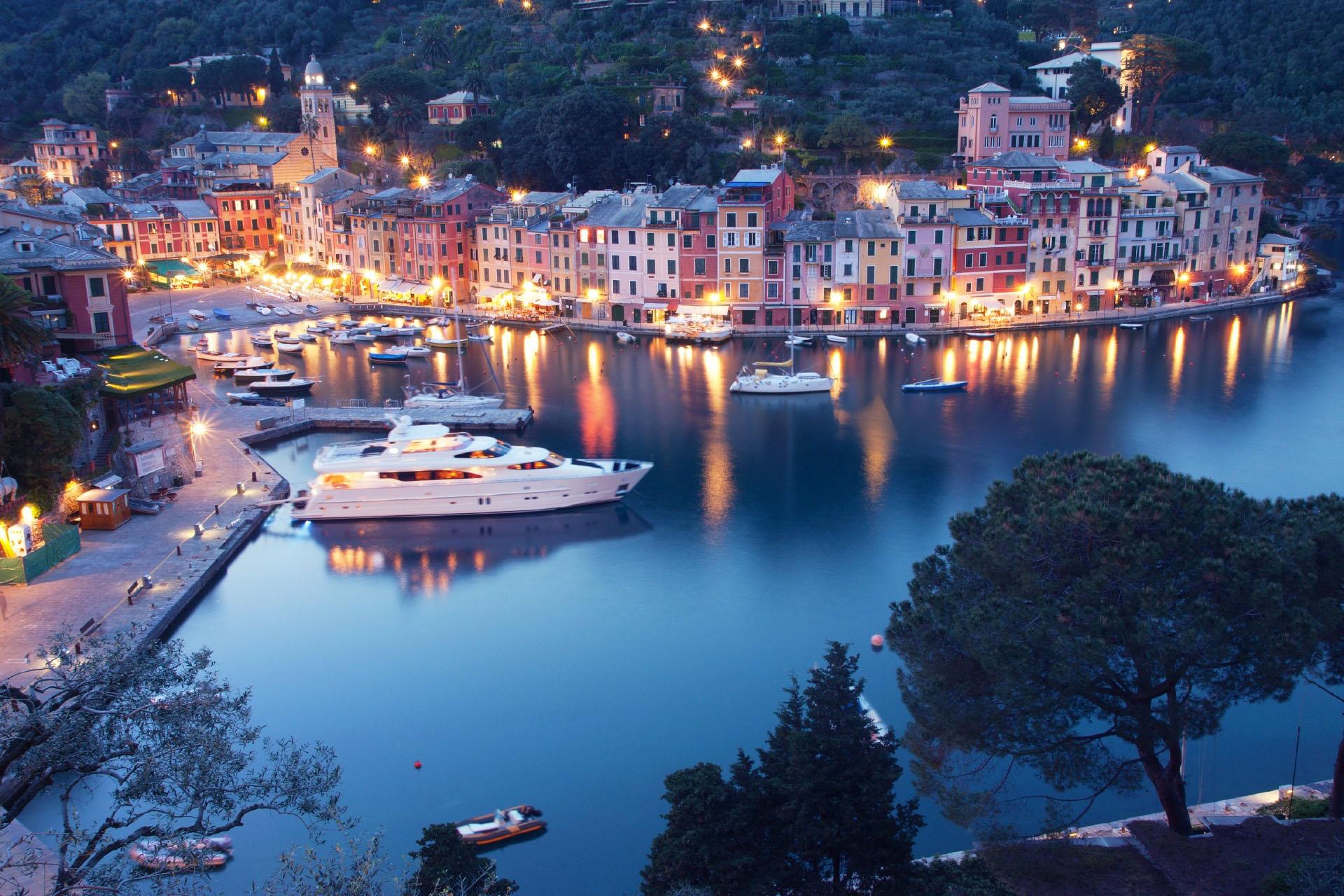 ポルトフィーノの夕暮れ風景