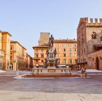 ボローニャ エンツォ王宮 イタリアの風景