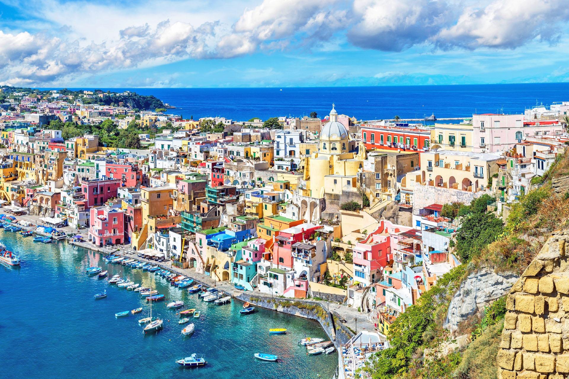 プローチダ島の夏 イタリアの風景