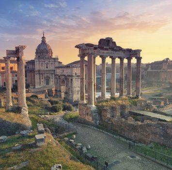 朝のフォロ・ロマーノ イタリアの風景