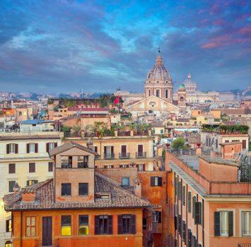 早朝のローマの町並み ローマの風景 イタリアの風景