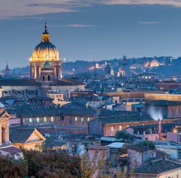 夜のローマの風景 イタリアの風景
