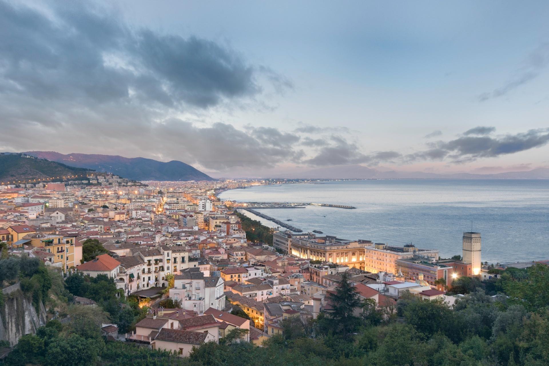 サレルノの町並み イタリアの風景