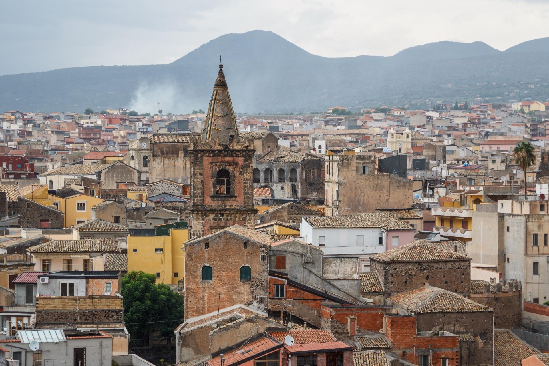 シチリア島 アドラーノの旧市街の眺め イタリアの風景